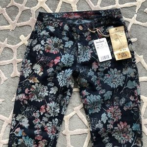 Brand new from Dominican Republic flocked jeans